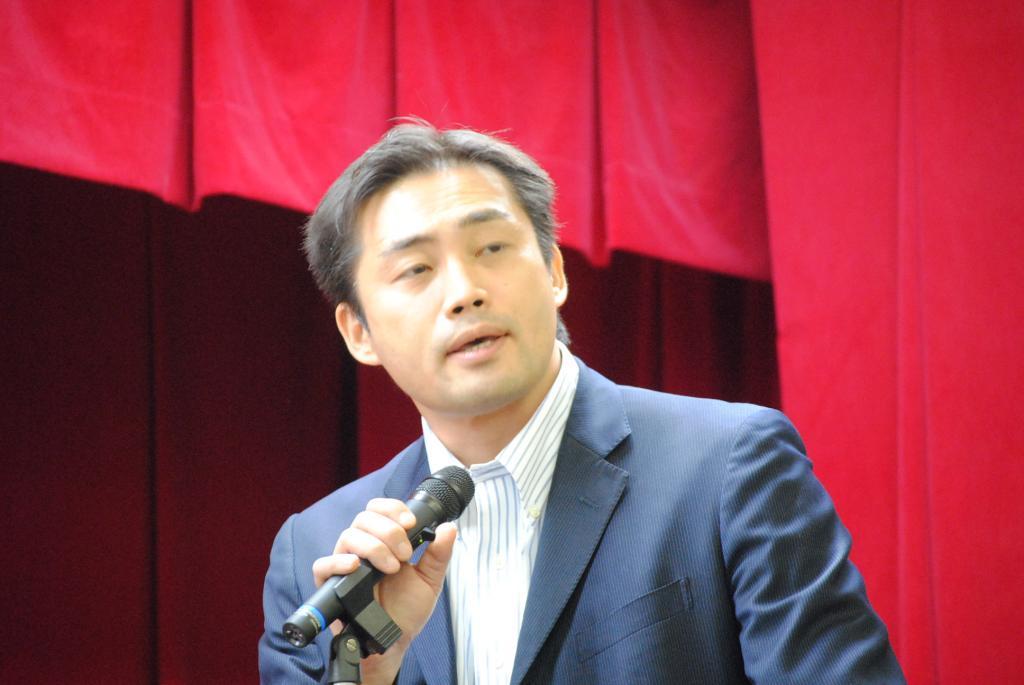 室田栄宏先生